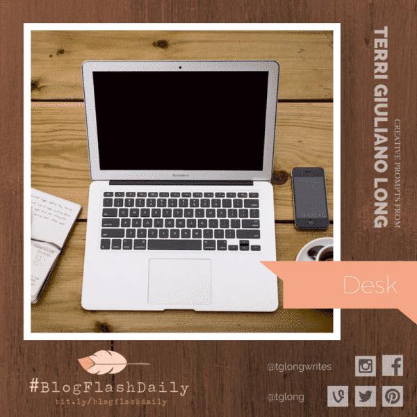 #BlogFlashDaily: Desk