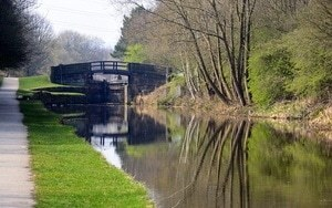 Running Toward Wellbeing - Huddersfield Canal